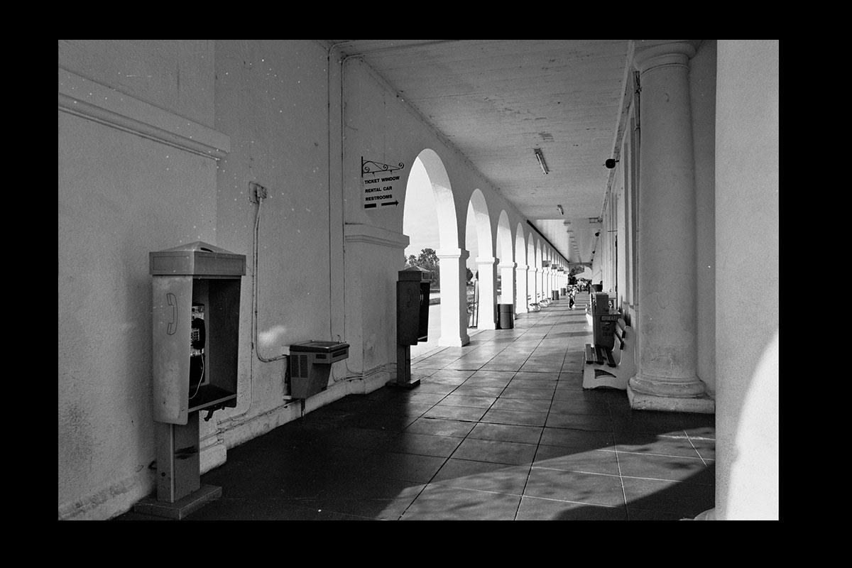 desertedhallwayweb