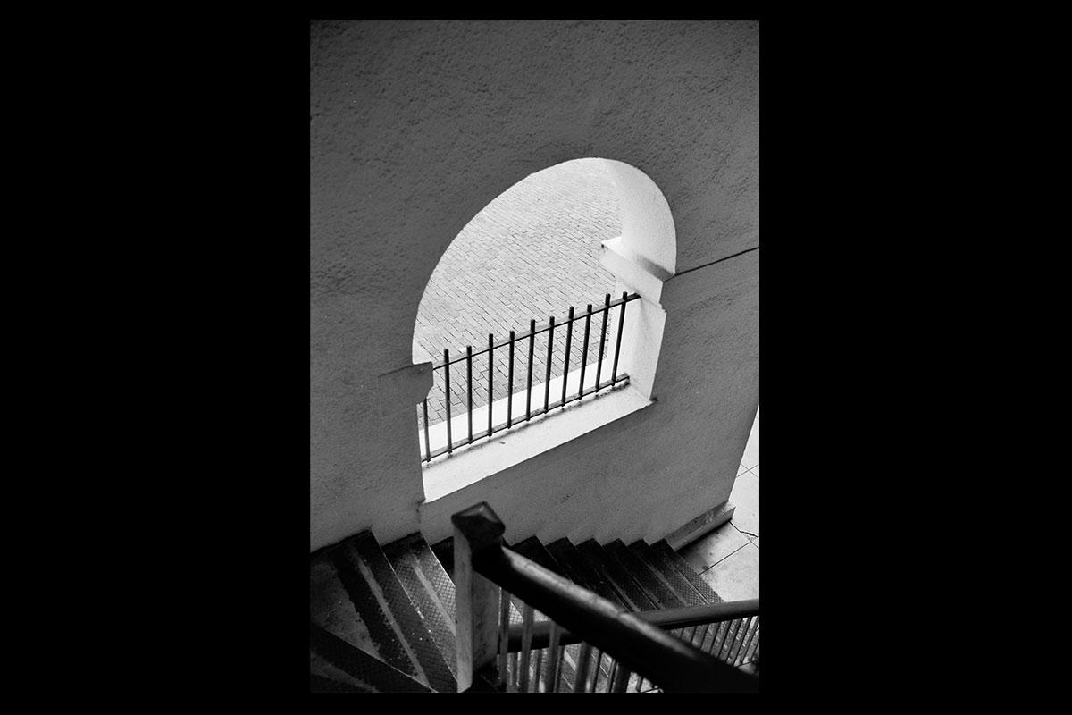 stairwayarch1200